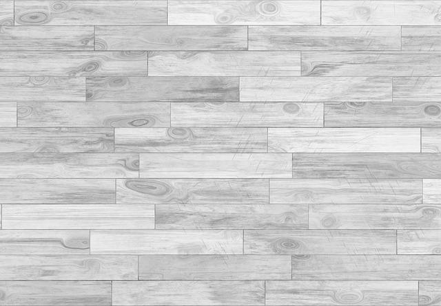 šedá podlaha