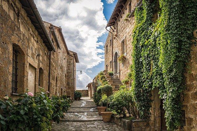 domy u středozemního moře